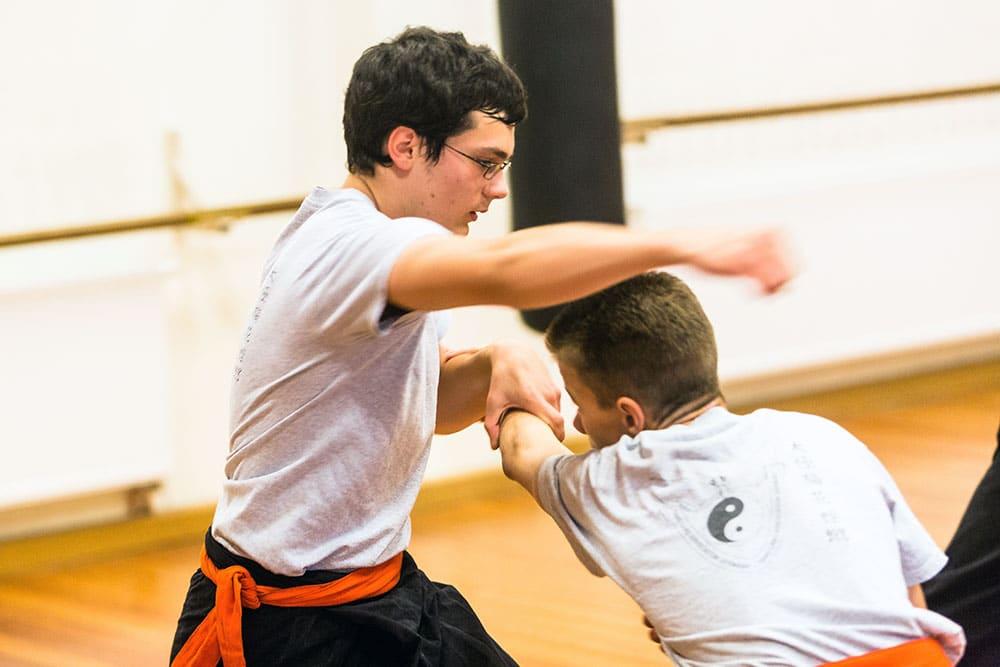 Kung Fu Teens - Selbstverteidigung, Sicherheitstraining und Kampfsport für Kinder und Jugendliche in Köln-Ehrenfeld - 3